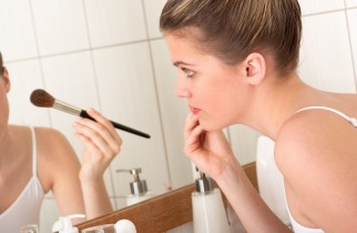 Easy tips to get a long lasting makeup